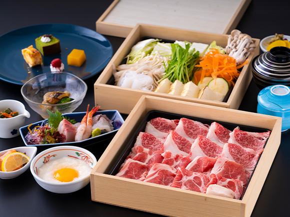 一番人気の佐賀産和牛のすき焼きプラン。夕食はお部屋食